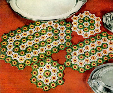 Hot Plate and Platter Mats Pattern #FV-385   Crochet Patterns