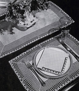 Fisherman's Lace Placemats, Runner & Napkin Edging Pattern #7709