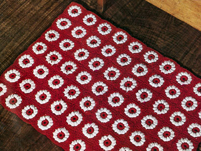 How to crochet a rug with Red Heart yarn | eHow