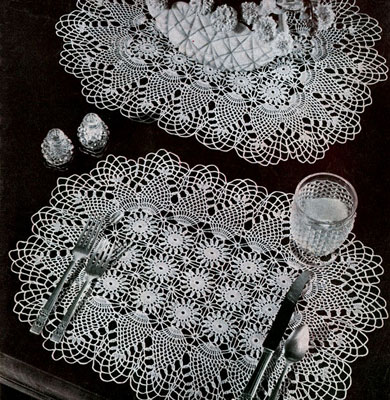 Pineapple Luncheon Set Pattern #7860