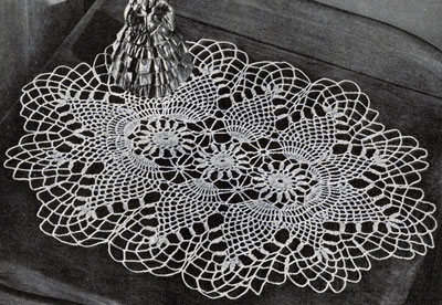Pineapple Oval Doily Pattern #7861