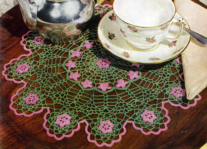 Wild Rose Scallops Doily Pattern