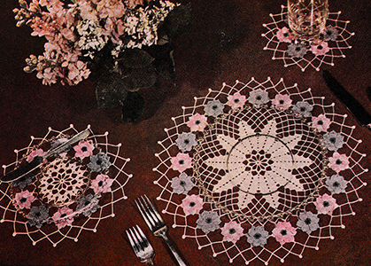 Anemone Place Mat Set Pattern #6
