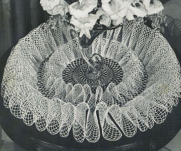 Frou-Frou Doily Pattern #12-53