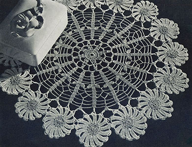 Daisy Ring Doily Pattern #12-61