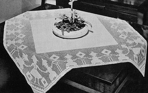 Figures-in-Filet Tablecloth Pattern #7153