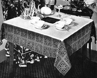 Five o'Clock Tablecloth Pattern #7154