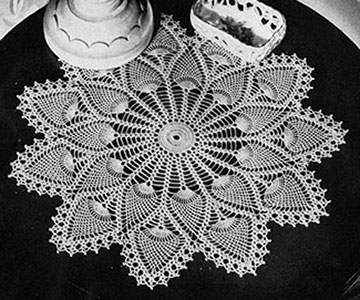 Royal Pineapple Doily Pattern #7275
