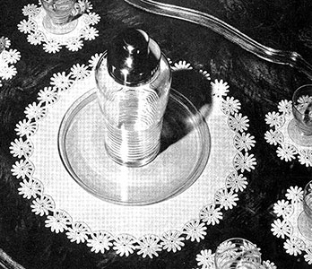 Daisy Chain Luncheon Set Pattern #7284