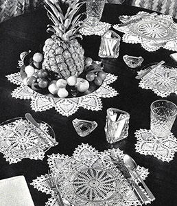 Pineapple Luncheon Set Pattern #7335