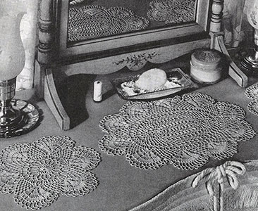 Scallop Shell Vanity Set Pattern #7573