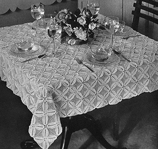 Four Leaf Clover Tablecloth Pattern #7525