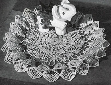 Full Bloom Doily Pattern #D-139