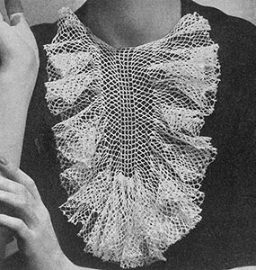 Fishnet Frills Collar Pattern #2211