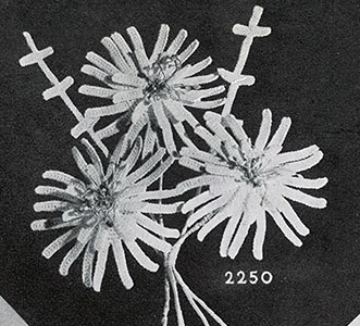 Daisies Boutonniere Pattern #2250