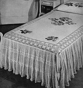 20th Century Chicago Bedspread Pattern #3407